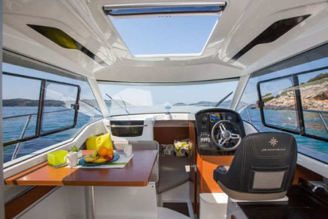 JEANNEAU MERRY FISHER 795 neuf, Pornichet Yachting