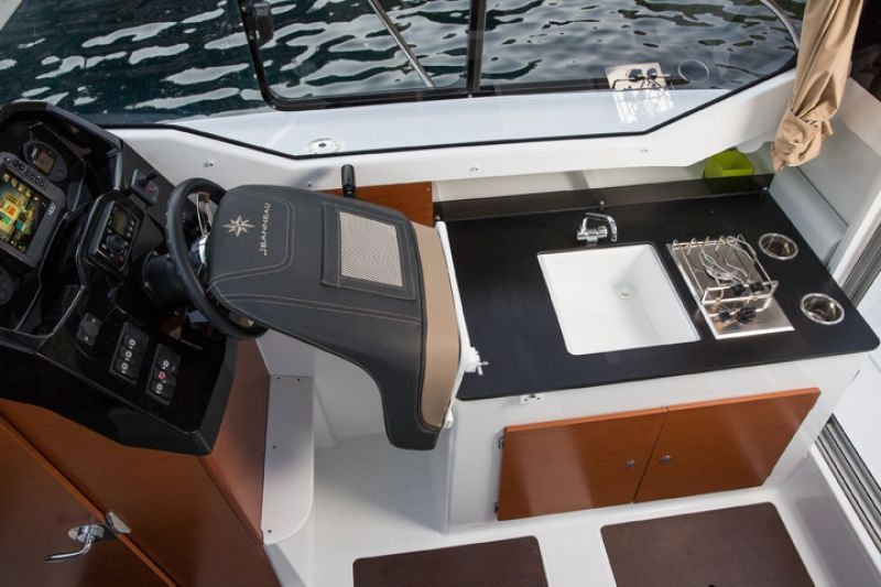 JEANNEAU MERRY FISHER 795 SERIE 2, Pornichet Yachting