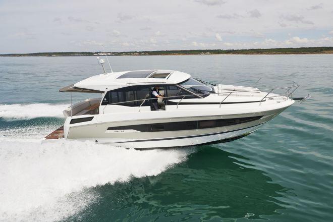 JEANNEAU NC 37 neuf, Pornichet Yachting
