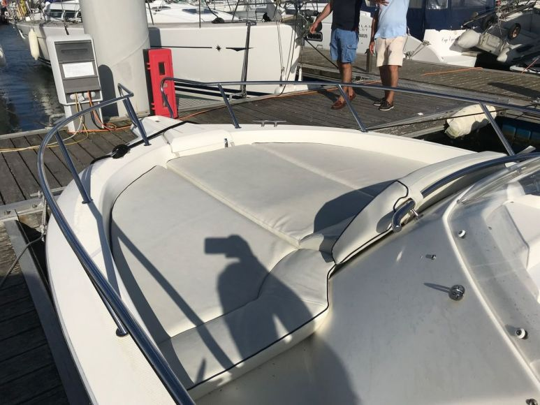 KELT MARINE WHITE SHARK 228, Pornichet Yachting