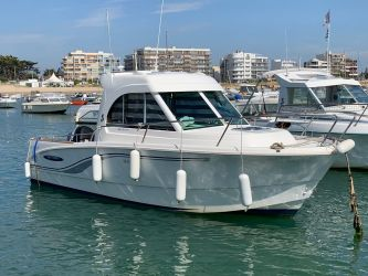 Annonce BENETEAU ANTARES 650 HB d'occasion, Pornichet Yachting