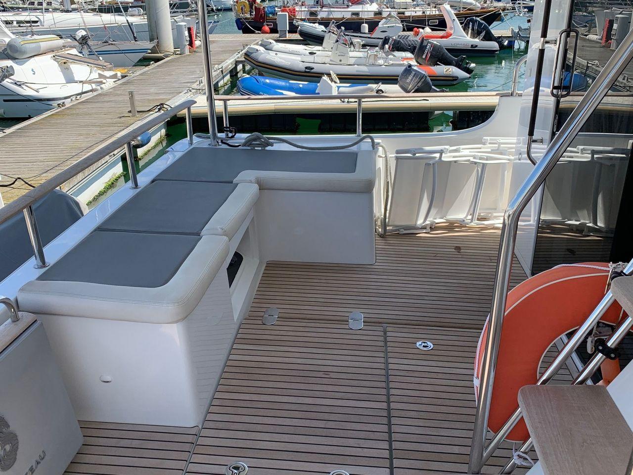 beneteau swift trawler 50  annonce bateau moteur d