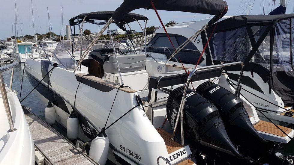 BENETEAU FLYER 8.8 SUNDECK, Pornichet Yachting