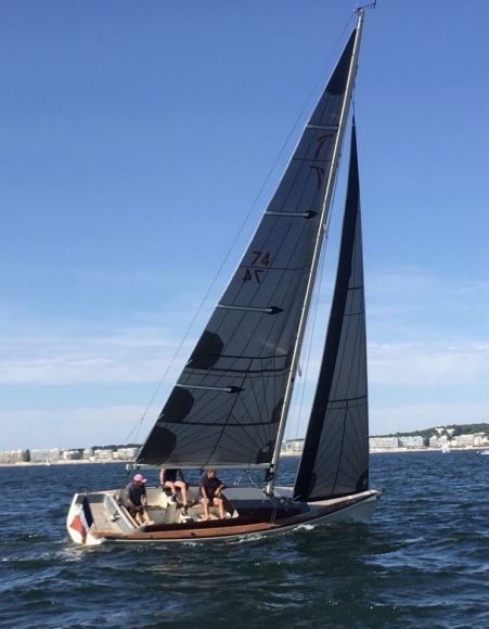 Latitude 46 TOFINOU 8, Pornichet Yachting