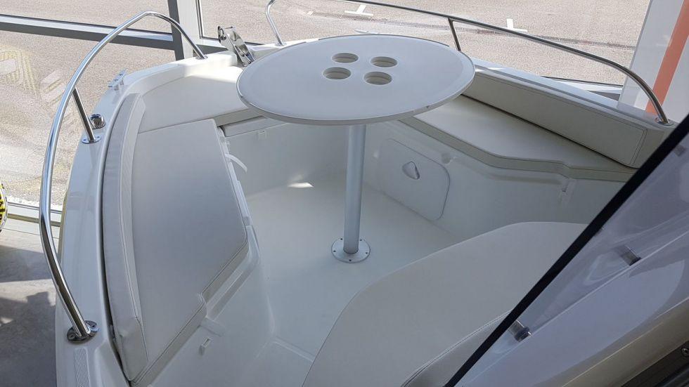 BENETEAU FLYER 6 SPACEDECK, Pornichet Yachting
