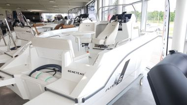 Annonce BENETEAU FLYER 6 SPACEDECK d'occasion, Pornichet Yachting
