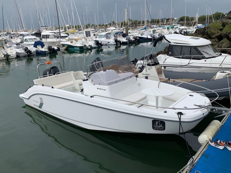 BENETEAU FLYER 7 SPACEDECK, Pornichet Yachting