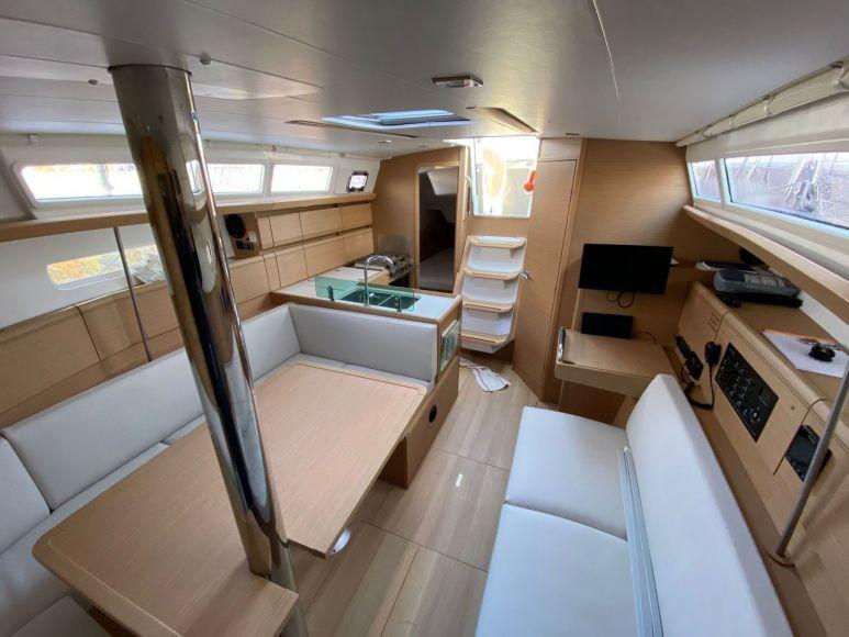 JEANNEAU SUN ODYSSEY 389, Pornichet Yachting