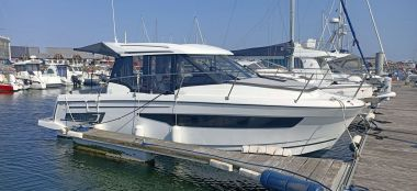 Annonce JEANNEAU MERRY FISHER 895  d'occasion, Pornichet Yachting